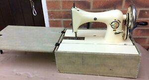 Tailor Bird walking foot vintage Sewing Machine