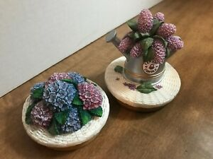 Pair of Yankee Candle Jar Toppers - Resin Watering Can & Lilacs, Hydrangeas