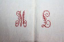 Drap 24 ancien en chanvre et lin monogrammé rouge 220 x 228 cm