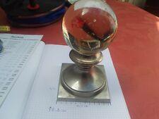 belle boule d'escalier verre plein, 20 cm haut, diamètre boule 10 cm socle 11,5