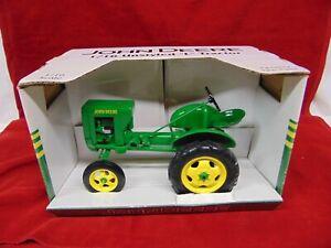 "JOHN DEERE  UnStyled ""L"" Tractor DIECAST METAL 1/16 scale"