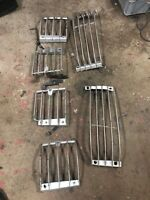 Lot2 RANGE ROVER P38 Set Of Light Guards Ok