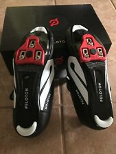 Peloton Cycling Shoes Size 41 Pre-owned with cleats. Excellent condition!