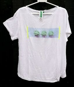 UNITED COLORS OF BENETTON White Three Green Flowers Medium Cotton T Shirt (8)