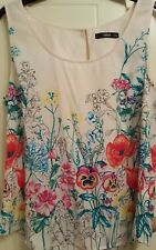 Oasis Floral sleeveless top /vest Size 14