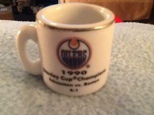 NHL STANLEY CUP CRAZY MINI MUG EDMONTON OILERS 1990 CHAMPS W/OPPONENT &SCORE