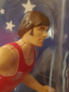 BRUCE JENNER 1996 TIMELESS LEGENDS STARTING LINEUP ACTION FIGURINE, LIFE LIKE!