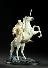 Lord of the rings Gandalf the White on Shadowfax Sideshow Weta.  Hobbit