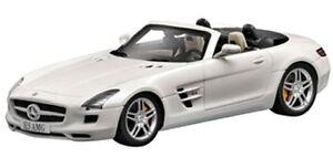Mercedes Benz SLS AMG weiß, Bburago Street Fire Auto Modell 1:43