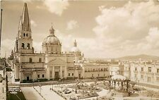 c1940 RPPC Postcard Cathedral & Square, Guadalajara Jalisco Mexico 557 Unposted