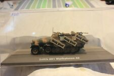 VÉHICULE MILITAIRE N°120 S.D.K.F.Z 251 WURFRAHMEN 40