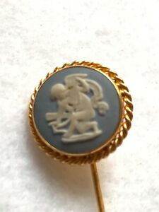Vintage Signed Van Dell 12 Kt GF WedgeWood Cameo Jewelry Stick Pin