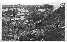 Carte postale, BAUME-LES-MESSIEURS, Le village depuis la route de Crançot.