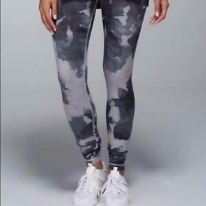 Lululemon Women's Size 6 Leggings Full Length Watercolor Clouds Gray Tie Dye