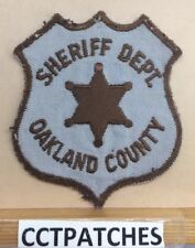 VINTAGE OAKLAND COUNTY, MICHIGAN SHERIFF (POLICE) SHOULDER PATCH MI