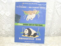 VINTAGE MATCHBOOK COVER BROOKFIELD ZOO ILLINOIS W/ PANDA AND MONKEY
