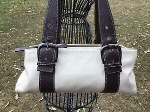 vera pelle Genuine Leather Handbag With Matching Wallet