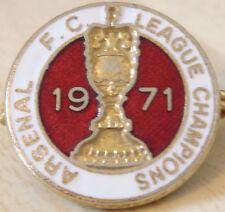 Insignia de campeones de liga Arsenal Raro 71 Maker Cofre Londres Broche Pin 22 mm de diámetro