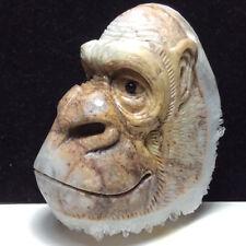 275g Natural crystal, crystal cluster mineral specimens, hand-carved gorillas.