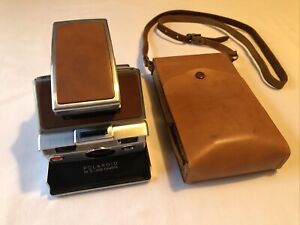 Vintage Polaroid SX-70 Land Camera w/ Leather Case NICE ORIGINAL!!