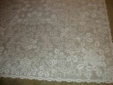 New Christmas White lace Holly Berry design Tablecloth 60 x 60