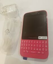 Brand New BlackBerry Q5 8GB Unlocked GSM Pink Rose SQR100-1 Touch Qwerty