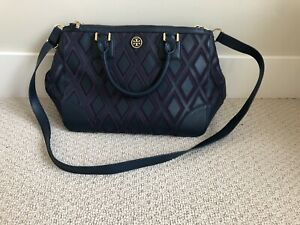 tory burch leather tote bag with removable crossbody strap!