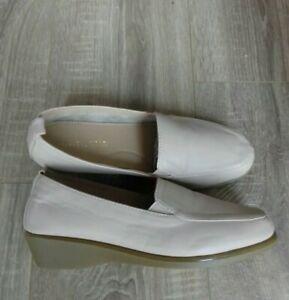 Brand New Heavenly Soles Beige Slip on Loafers Size 6 E