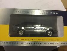 CORGI LLEDO VANGUARDS CLUB VAUXHALL CAVALIER  CHROME CAR MODEL VA09807 LCC20
