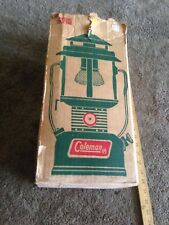 Vintage COLEMAN LANTERN 220F195 Green  With Original Box
