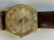 Vintage omega constellation men's watch. Made 1962. Modest patina on watch face.
