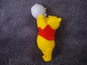 Hallmark Keepsake Hoping for Hunny Winnie the Pooh Collection Ornament