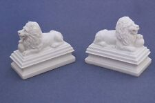 Miniature Dollhouse Set of 2 Lions 1:12 Scale New