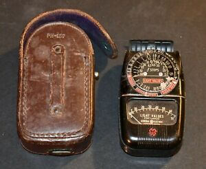 Vintage GENERAL ELECTRIC EXPOSURE METER DW-68 with case - excellent NO RESERVE