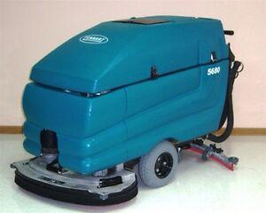 Tennant 5680 Pedestrian Scrubber Dryer 1 Week Hire