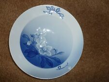 Bing & Grondahl Porcelain Serving Bowl-Christmas White Flowers- Collectible