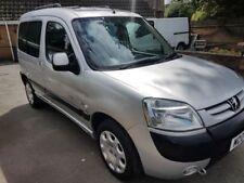Partner Crew Cab Manual Commercial Vans & Pickups