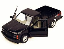 1/24 Scale 1992 Black Chevrolet 454 SS Pick Up Diecast Model