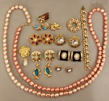 All Signed AVON High Quality Vintage Lot Necklace Pendat Brooches Earrings Clear