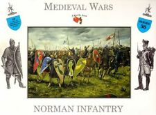 CALL TO ARMS Medieval Norman Foot Knights Infantry 16 Soldiers 1/32 Scale Set36