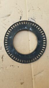 suzuki grand vitara chevrolet tracker wheel hub   ABS 98-04