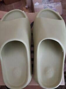 Adidas Yeezy Slide Resin Brand New Size 6 GZ5551