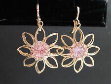 Fine Fantasy  Lovely Earrings flower Gold tone- Aretes