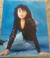 SHANNEN DOHERTY SIGNED 8X10 PHOTO BH90210 LUKE PERRY W/COA+PROOF RARE WOW