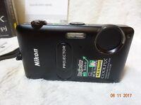 Boxed vgc Nikon COOLPIX S1200pj 14.1MP Digital Camera - Black stunning spec