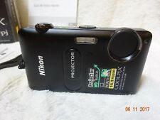 Boxed vgc Nikon COOLPIX S1200pj 14.1MP Digital Camera - Black stunning spec