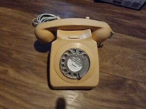 OLD VINTAGE RETRO ROTARY DIAL TELEPHONE PHONE