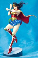 DC UNIVERSE Armored Wonder Woman 2nd Statue Stands at 24 cm tall 1/7 Scale NEW