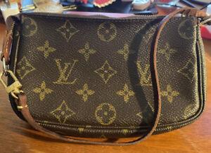 Louis Vuitton Monogram Mini Pochette Accessoires LV