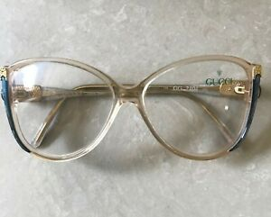 GUCCI  AUTHENTIC  VINTAGE 80s WOMEN EYEGLASSES GG 2104 -MADE IN ITALY .